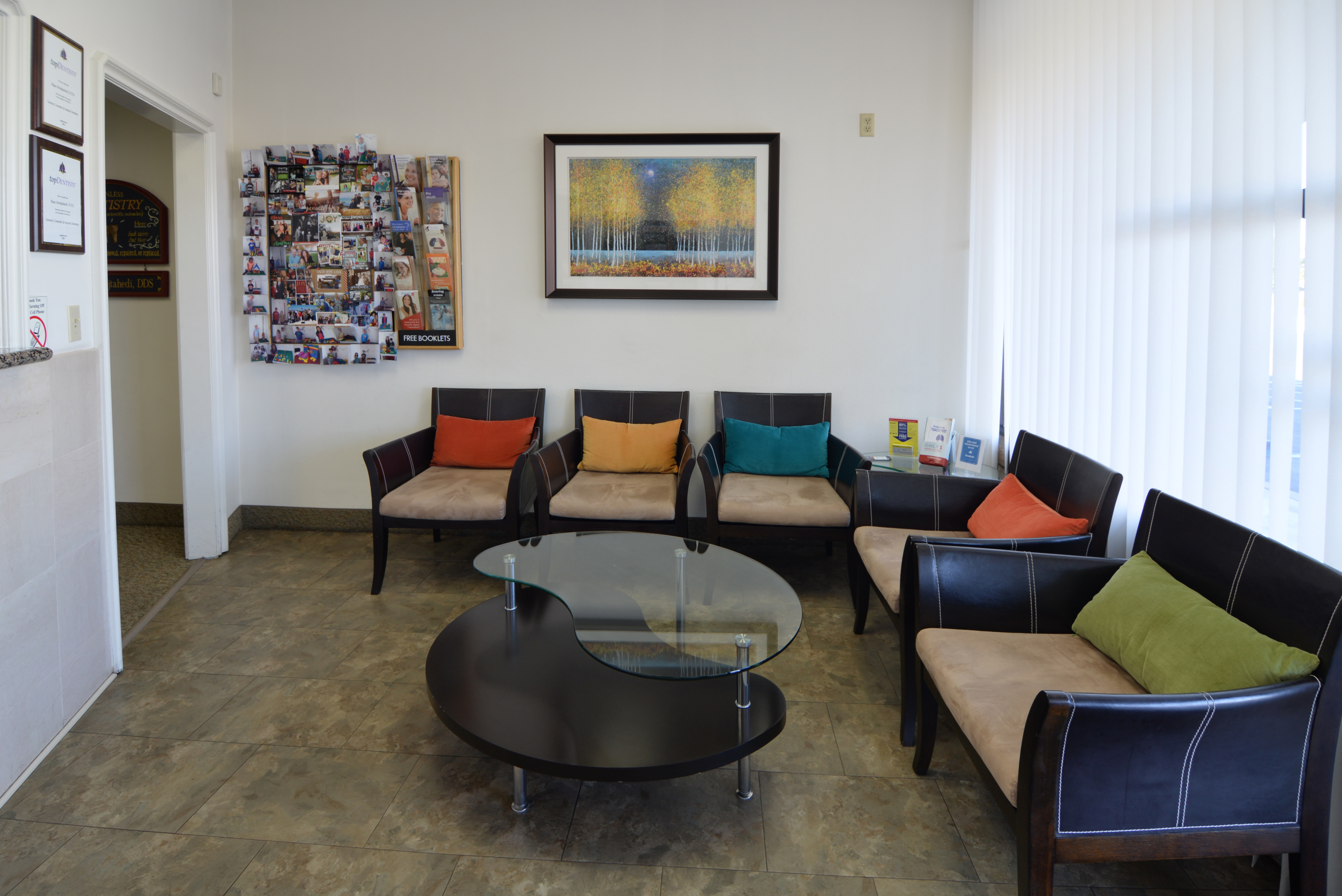 The waiting room at Bijan Family Dental Practice in Fountain Valley, CA